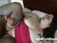 White large booty plumper takes a large darksome rod with her fatty cunt