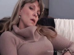 Golden-haired mature masturbates her hot cunt