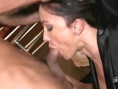 Jewels Soaked Fur Pie Gets A Good Licking After A Great Blowjob
