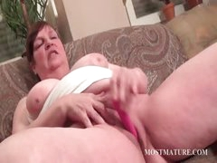 Chubby mature vibrating hungry pussy