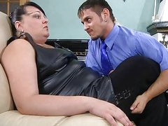 Chubby mature chick thoroughly inspecting a guy's