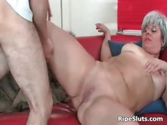 Horny mature slut sucks on hard cock part3