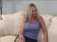 MILF wants to do porn casting by hardcoredom