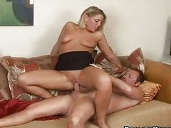 Hot and sexy milf Chelsea Zinn grinding juicy twat on meaty cock
