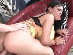 Mariah Pussy Over Stuffed With Dick And Facial
