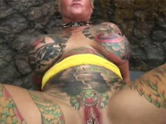 Blackwidow Jodi tattooed lady